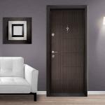 Блиндирани врати в панелни жилища