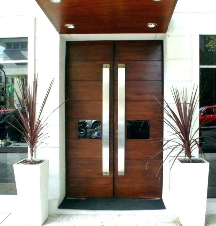 Необходима ли е втора входна врата?