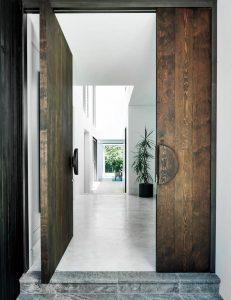 Как да изберем цвета за входната врата: Експертни съвети по Фън Шуй