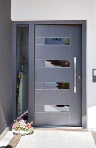 Виж колко лесно можеш да се грижиш за своите врати