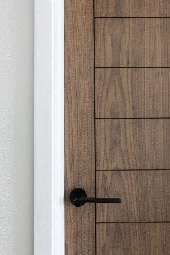 Обков за врати: цвят, стил и материал