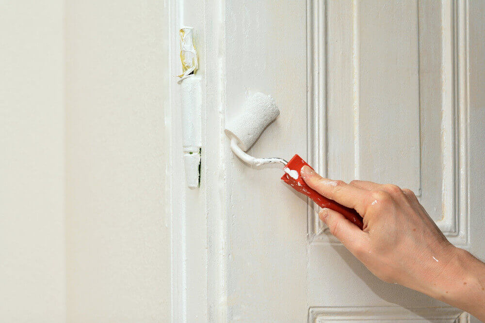 Съвети за боядисване на интериорни врати